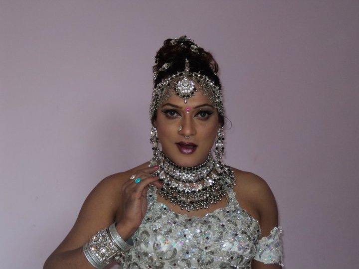 Nary Singh Great Crossdresser Indian Dancer