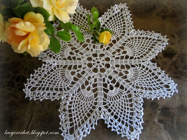 Crochet Doily Patterns Free For Beginners : Lacy Crochet: Easy Pineapple Doily