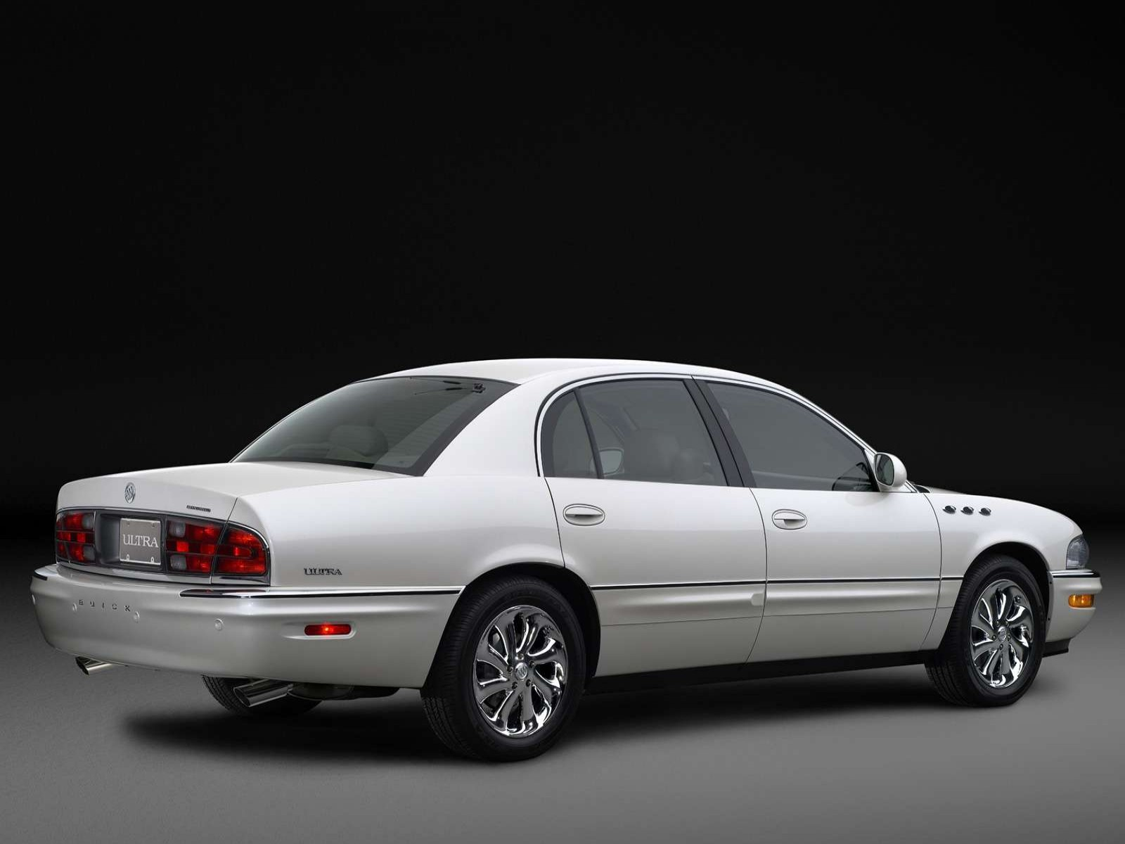 Buick Park Avenue Ultra on 2004 Buick Lacrosse