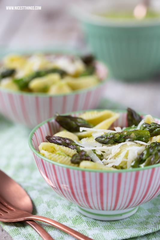 Nicest Things: Green Asparagus Pesto