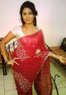 alisha pradhan in red saree