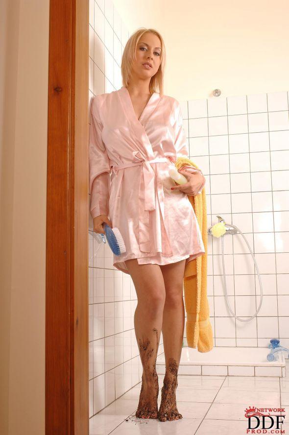 Paola rios nude ass