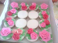 Cupcake Rose untuk Hari Raya