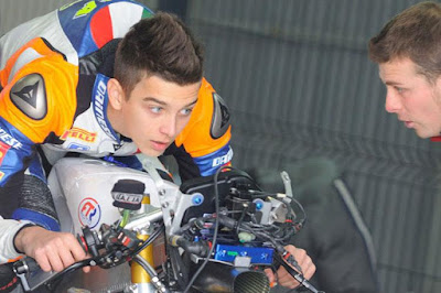 Adik Tiri Rossi Akan Jadi Rekan Setim Lorenzo di Moto2 Musim Depan