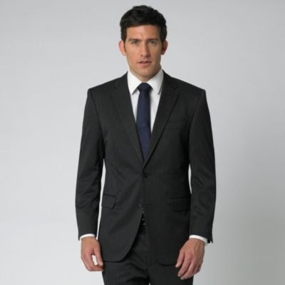 Perfect gentleman black and navy blue for Black suit with black shirt and tie