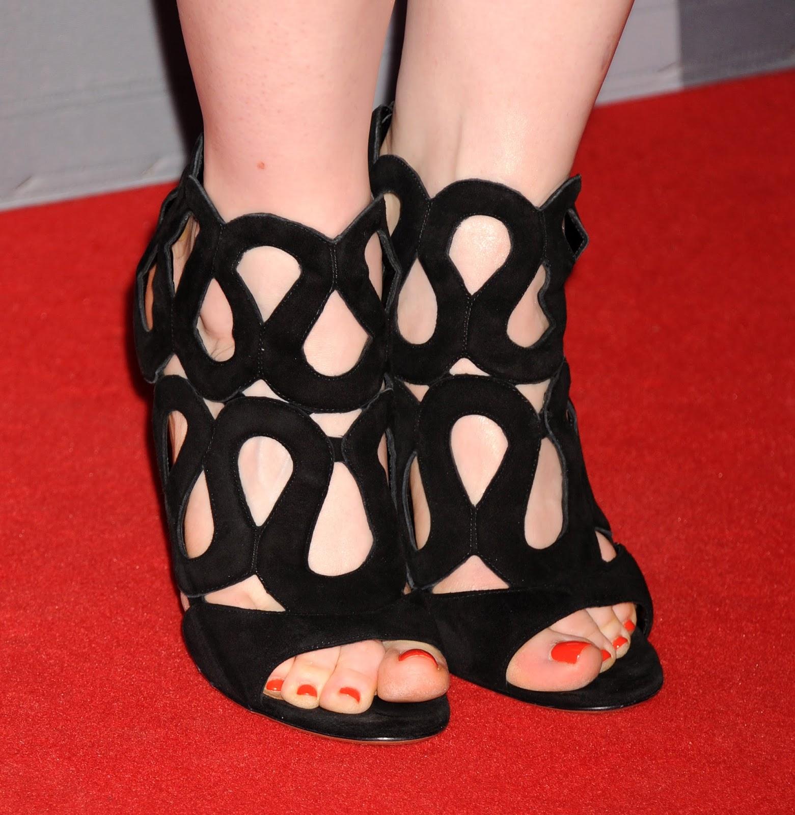 Celebrity Feet: Bryce Dallas Howard