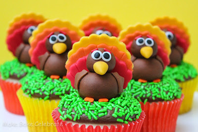 Festive Thanksgiving Food Finds - Fun Edible Craft Ideas for Fall ...