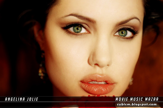 01 Angelina Jolie Latest Hot Sexy Lips 2012