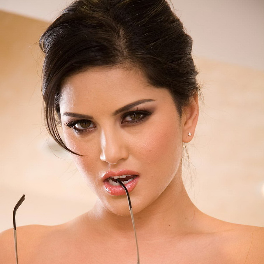 top model in the world sunny leone love u palash