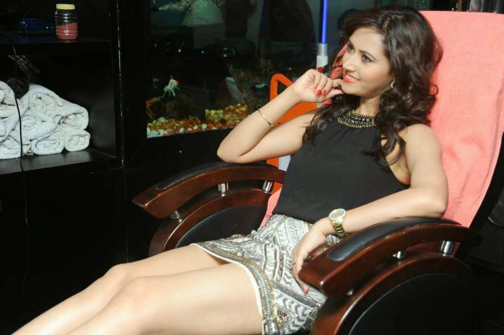 Actress Preeti Rana Hot