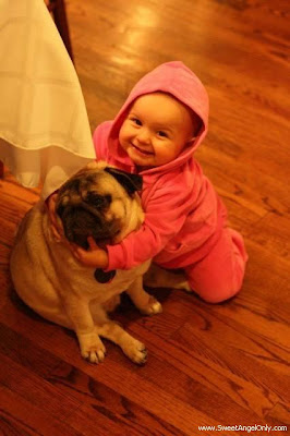 funny_picture_baby_and_dog