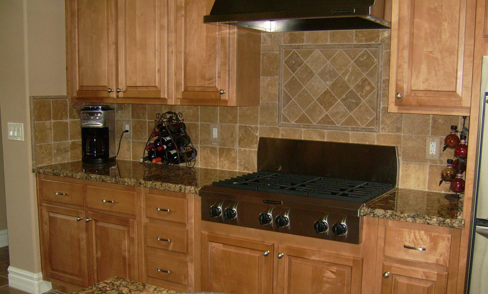 Kitchen Tile Backsplash Designs Pictures
