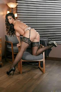 Naughty Lady - rs-11-759706.jpg