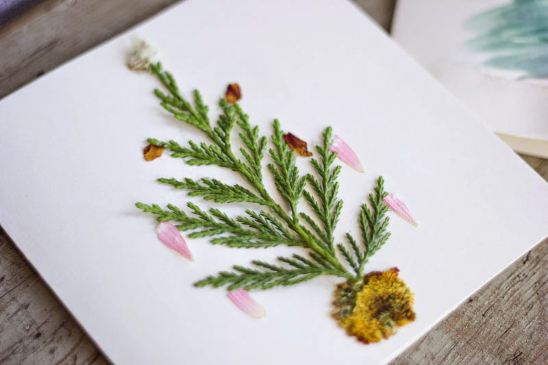 natural pressed flower home-made holiday card