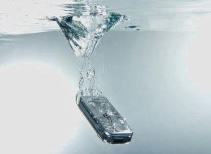 Если Вы намочили мобильный телефон