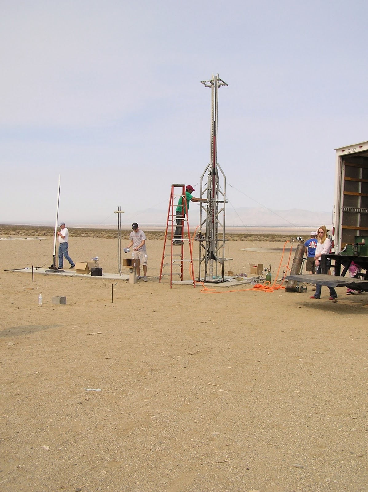 Preparing rocket at FAR - Friend of Amateur Rocketry