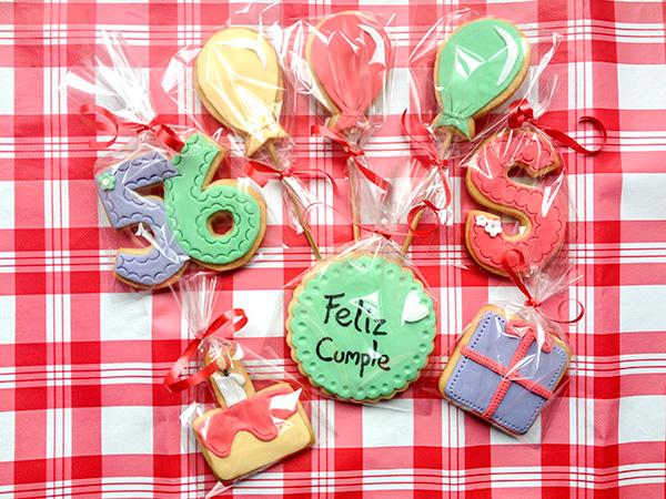galletas decoradas en bolsitas de cumpleaños