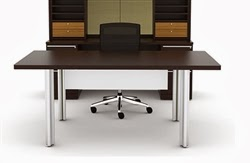 Verde Desk with Modesty Panel