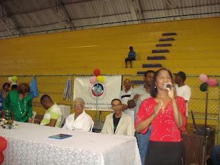 La cantante cristiana Sarah presentó varios conciertos en Iglesias e instituciones sin fines de lucros de San Cristóbal