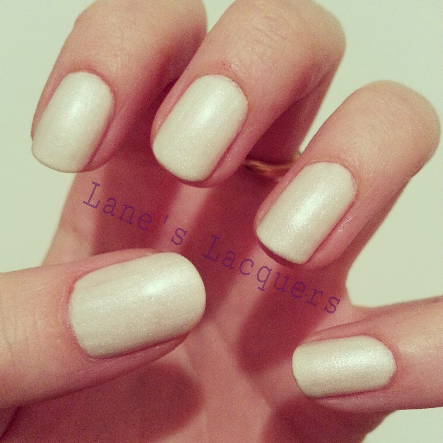 barry-m-silk-pearl-swatch-manicure