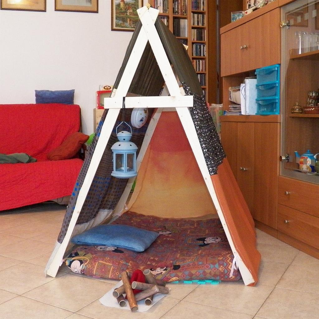 Mamma Claudia e le avventure del Topastro: Tenda fai da te con 10 Euro