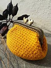 Monedero con boquilla a crochet