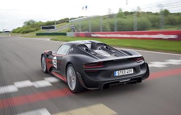 #33 McLaren Wallpaper