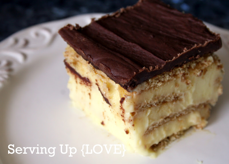 Katherine's Kitchen: Serving Up {Cake}: (easy) Eclair Cake