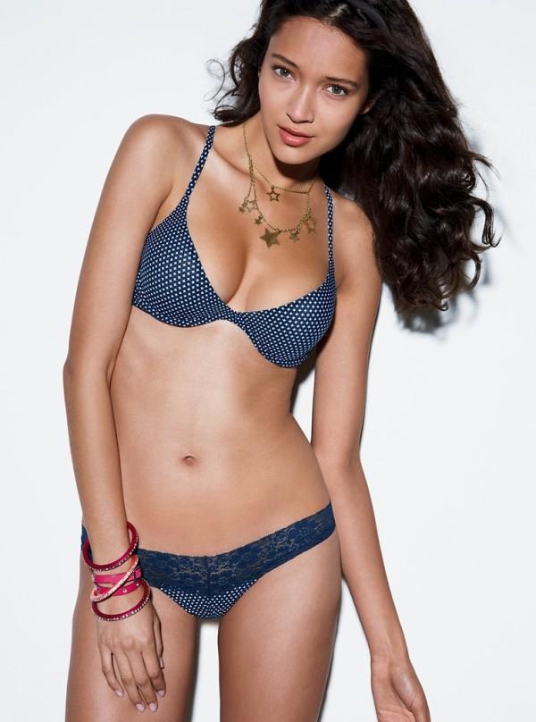 Daniela De Jesus Cosio Mexican Fashion Model Global