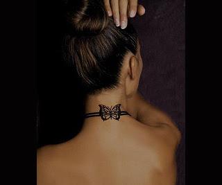 Tatuaj pe gat/ tatuaj fluture