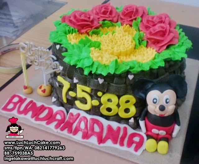 Kue Tart Romantis Dengan Mickey Mouse Daerah Surabaya - Sidoarjo