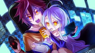 Sora i Shiro siedzą przez komputerami jeszcze przed trafieniem do świata gier