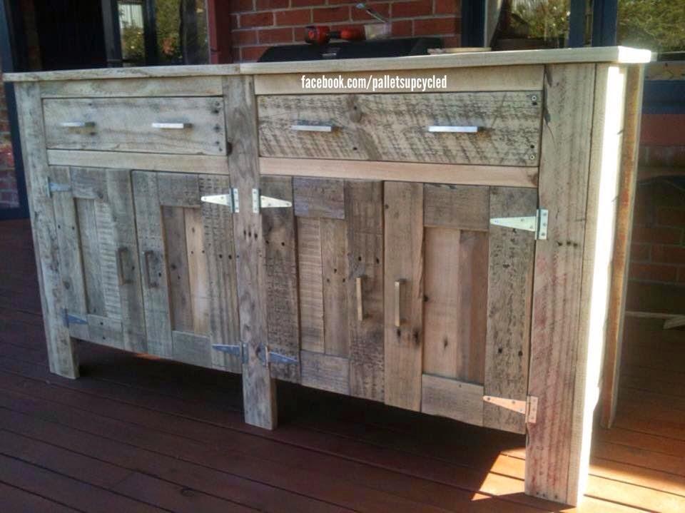 Idea de c moda hecha con tablas de palets - Como hacer un mueble con palets ...
