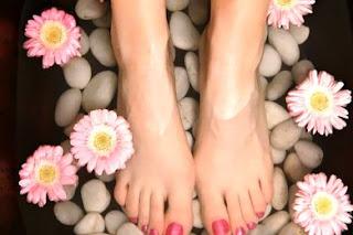 asdasd x اغسل قدمك لتقوى مناعتك ويرتاح قلبك وتهدأ أعصابك