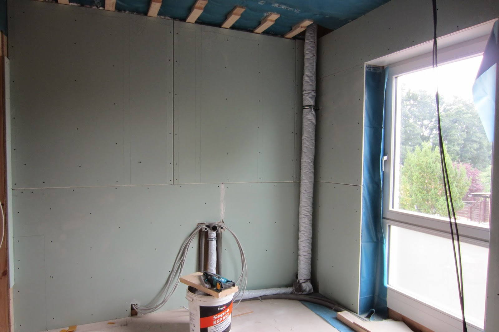 Our Family Dream House: Drywall Installation Bathroom 1 (Rigips  Installation Bad 1)