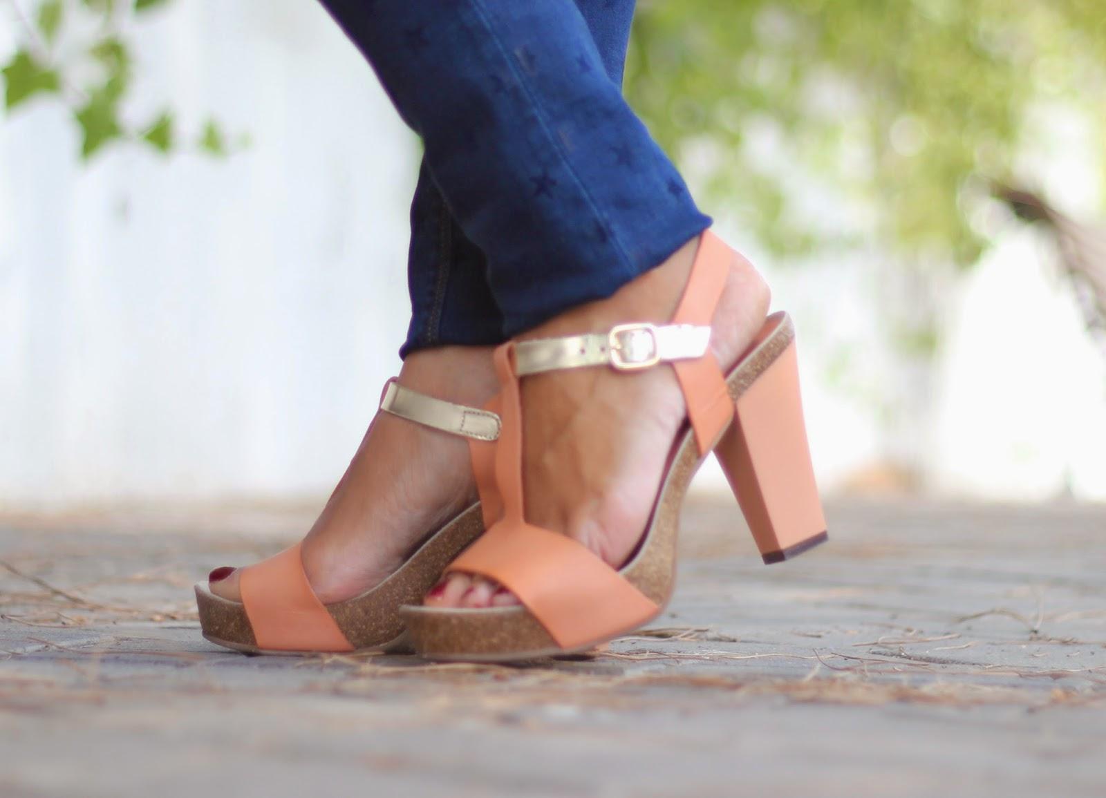 photo-look-street_style-stripes_shirt-stars_troussers-nude_shoes-papaya