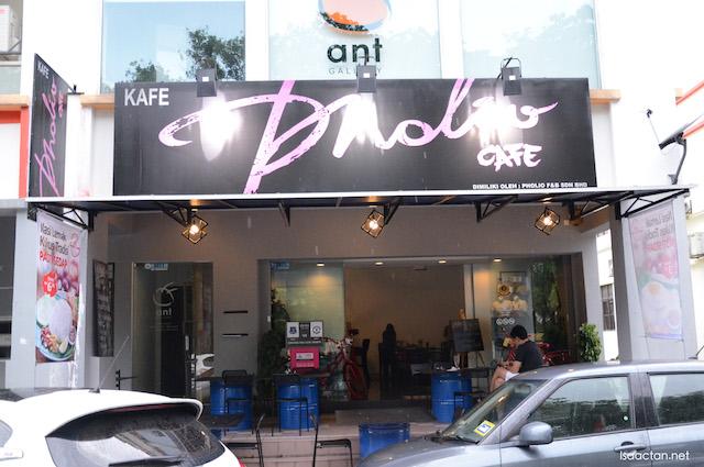 Pholio Cafe @ Mutiara Damansara