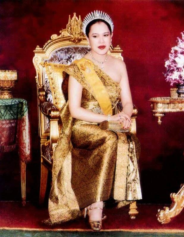 Queen Sirikit | Queen sirikit | Pinterest | Queen