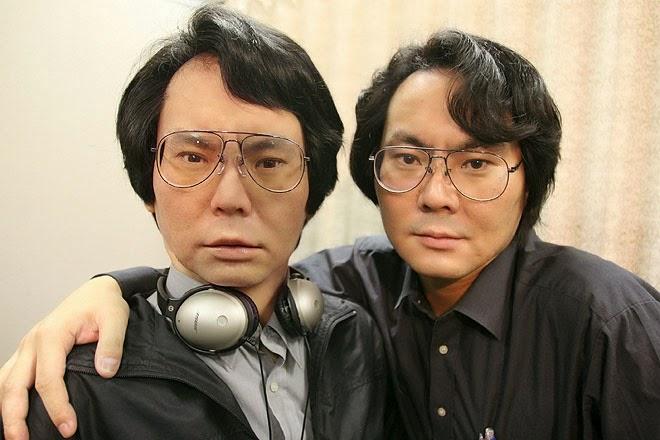 Hiroshi Ishiguro and Gemenoid Robot