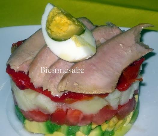 Timbal de ensalada de ventresca