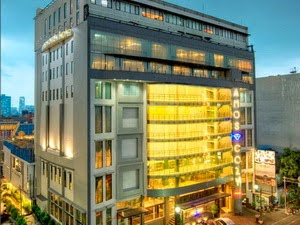 Amos Cozy Hotel - Top hotels near Blok M Mall Jakarta