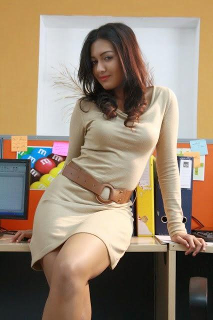 Actress Catherine Tresa Hot Photos Gallery