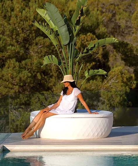 http://www.portobellostreet.es/mueble/12246/Macetero-Sofa-Island-Vases