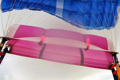 St. Peter-Ording: Fotos eines Tandem-Fallschirmabsprunges über dem ordinger Strand 33