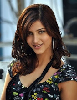 Shruti Hassan Hairstyle Photo Gallery