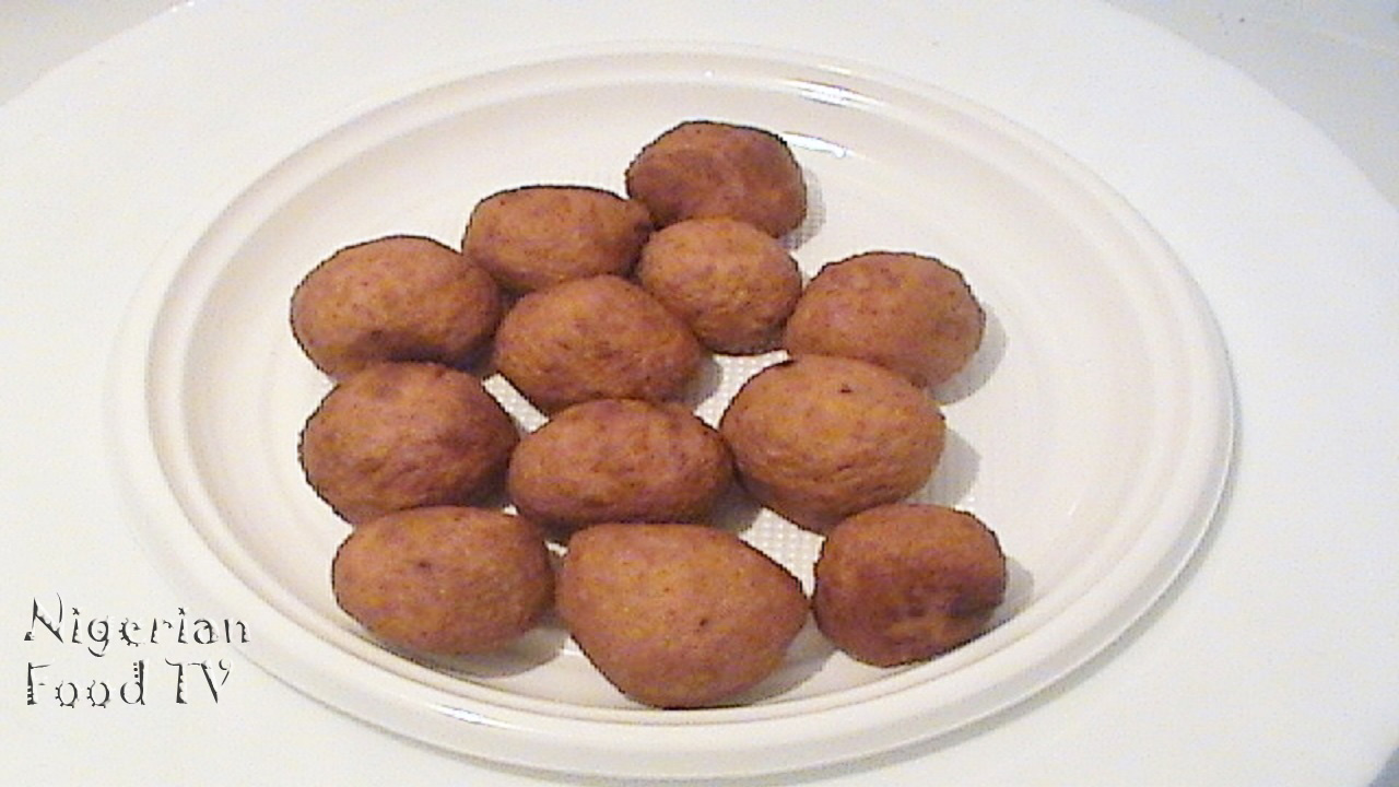 kuli kuli , hausa snacks, nigerian snacks recipe, nigerian kuli kuli recipe