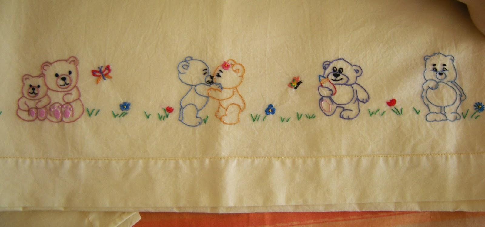 Ricamo e altro il lenzuolino per il bimbo di mamma lory - Disegni a punti ...