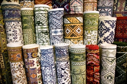 photo credit: thinkstockphotos (Buying an Oriental Rug Like a Rug Dealer)