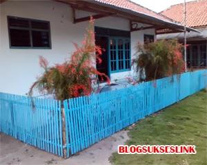 pagar rumah bambu