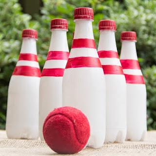 http://translate.googleusercontent.com/translate_c?depth=1&hl=es&rurl=translate.google.es&sl=en&tl=es&u=http://www.moonfrye.com/diy/recycled-bottle-bowling/&usg=ALkJrhhPLE8zSB-M1lq0kZTu0Rbhju6rHw